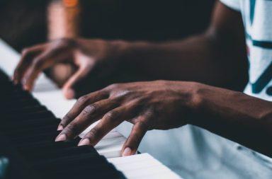 Zwei Metaphern für Führungskräfte: Jazzband oder Orchester